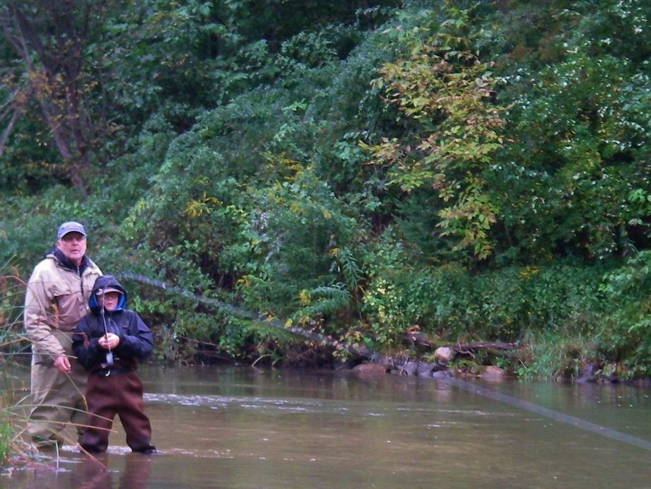 Fighting fish give 39 em the wood current works guide for Betsie river fishing report
