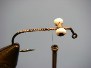 Flashtail Clouser - Step 1
